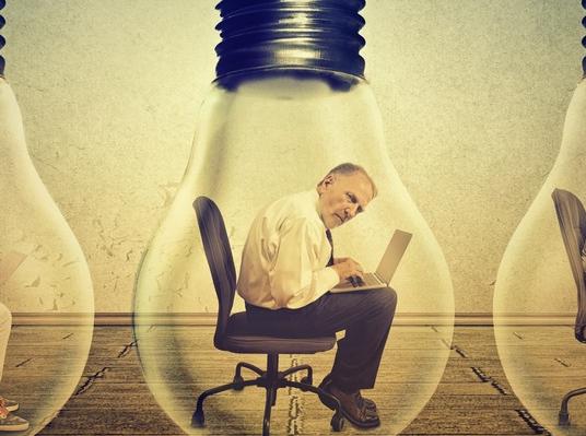 Article : Quelles leçons tirer des crises suicidaires en milieu professionnel ?