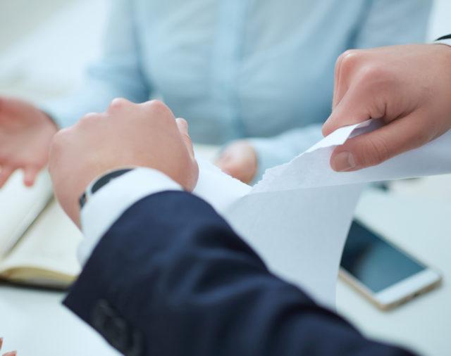 Un plan de licenciements économiques peut-il être remis en cause en raison de fautes de gestion de l'employeur ?