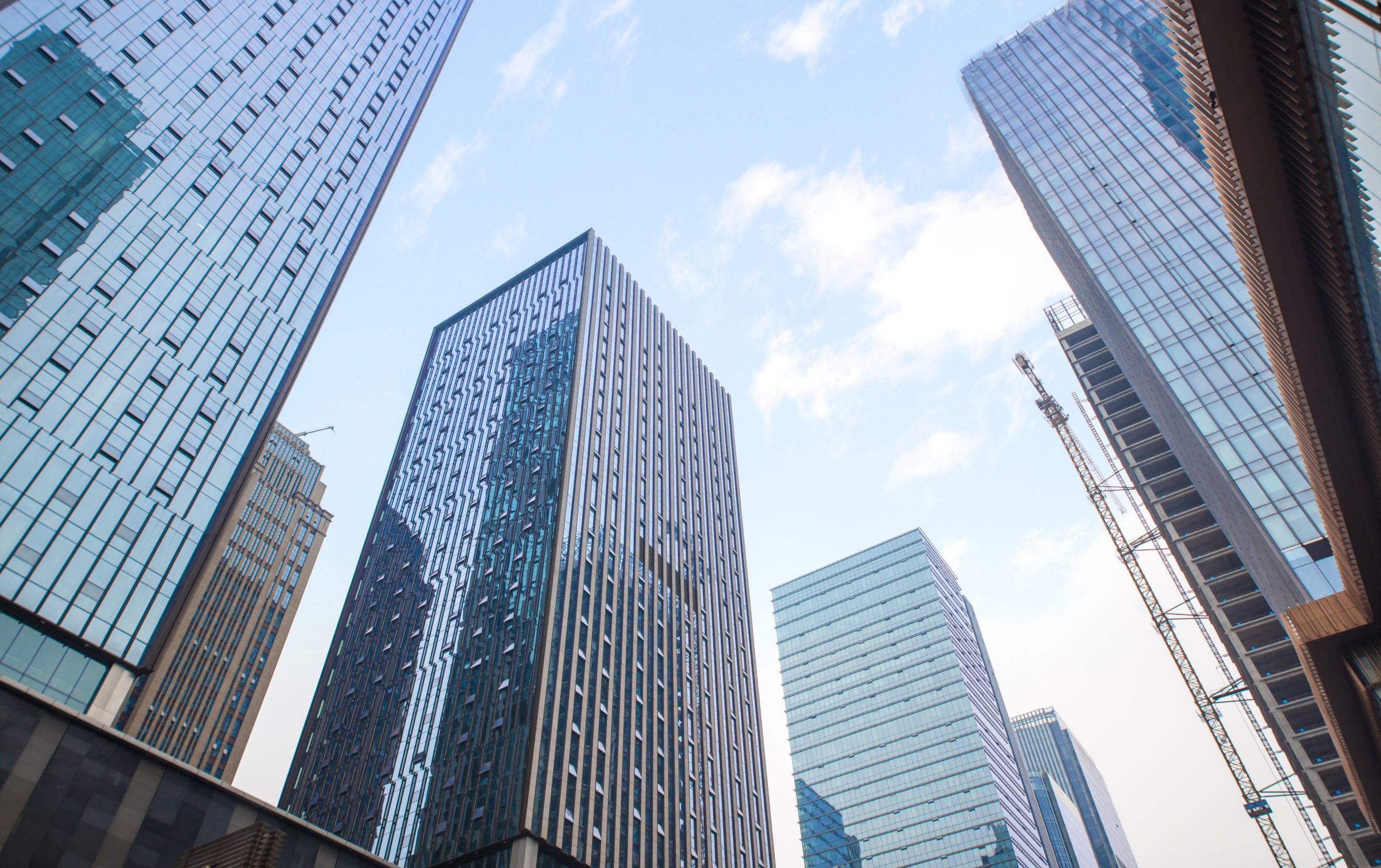 Covid-19 : le télétravail est-il vraiment une « obligation » pour les entreprises ?